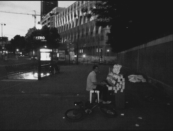 Mahdi-Khene-Piano-In-Street.jpg
