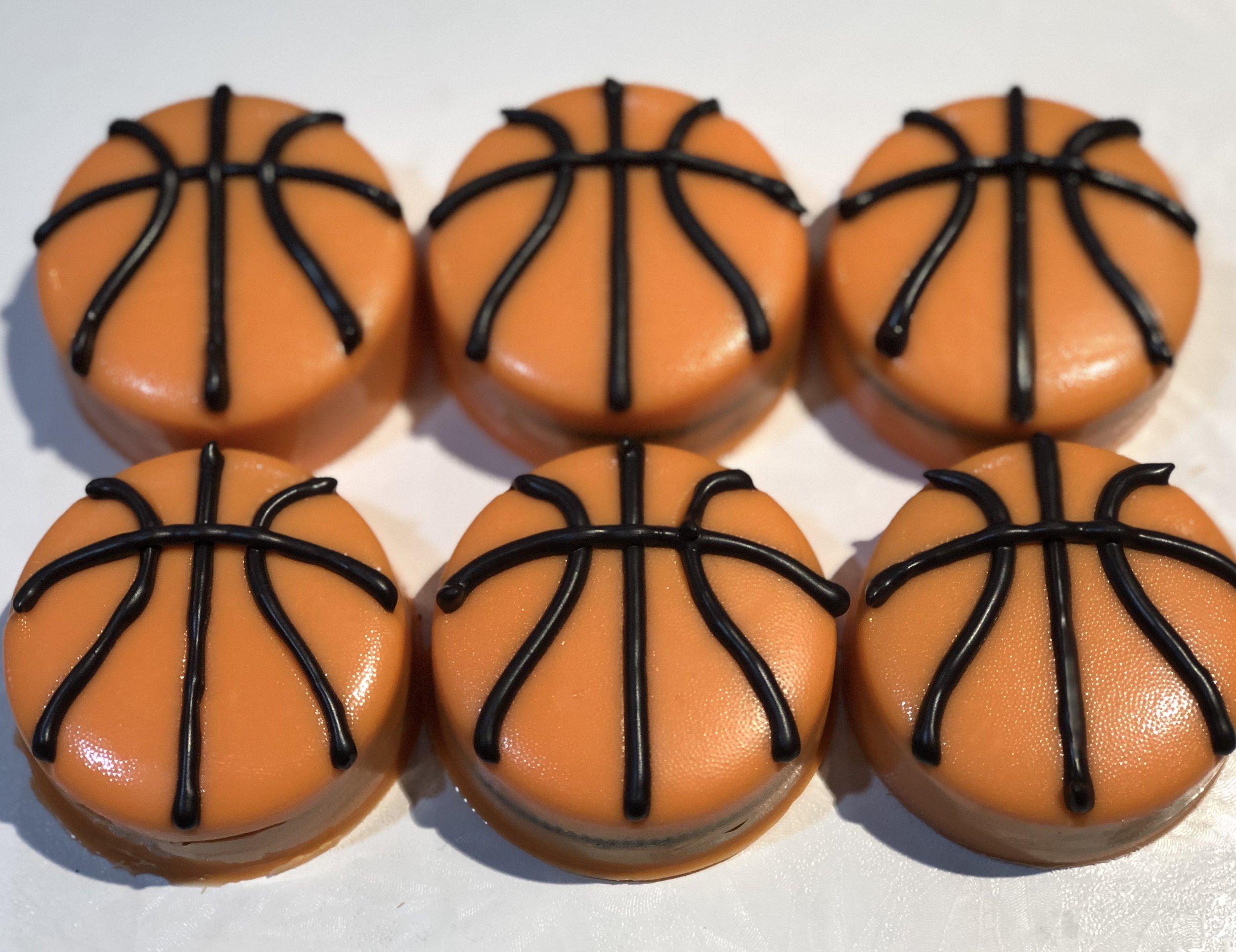 Basketball Oreos