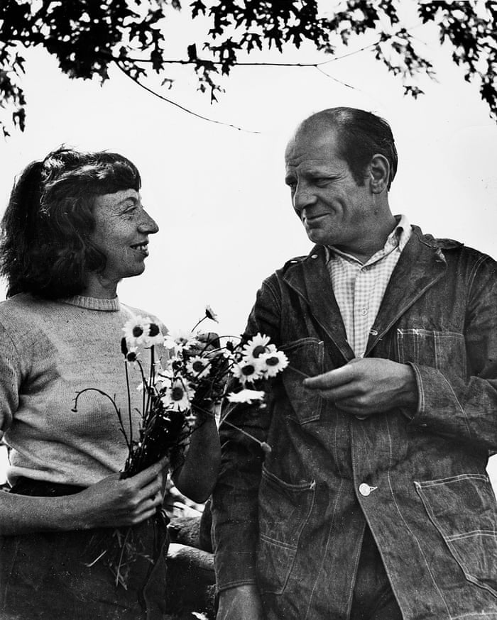 Lee Krasner with Jackson Pollock in Springs,Long Island, 1949