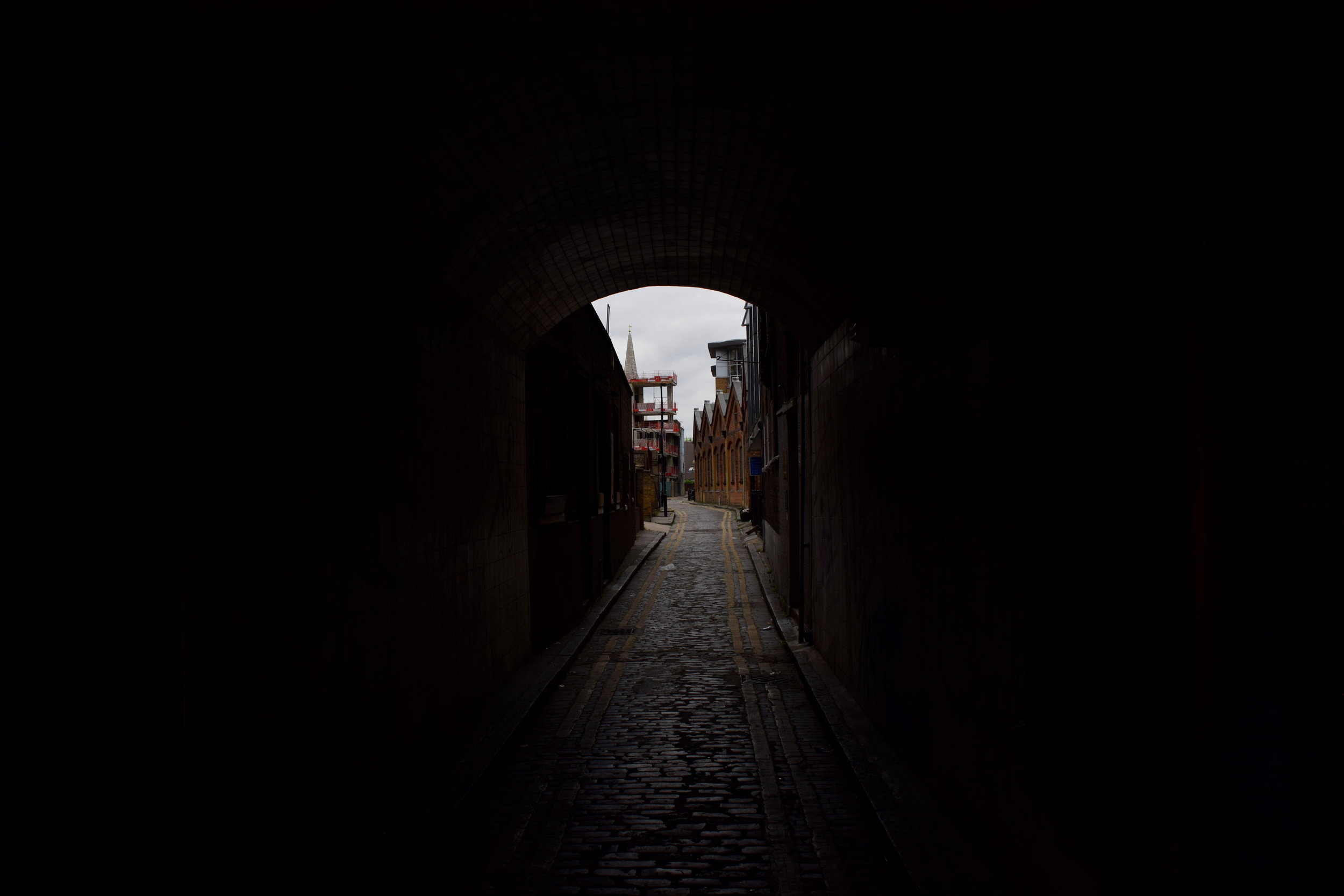 LondonAlleyway3.JPG