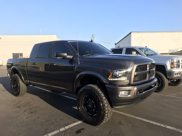 Ram 2500 3500 Icon Lift with Fox Shocks 2.jpg