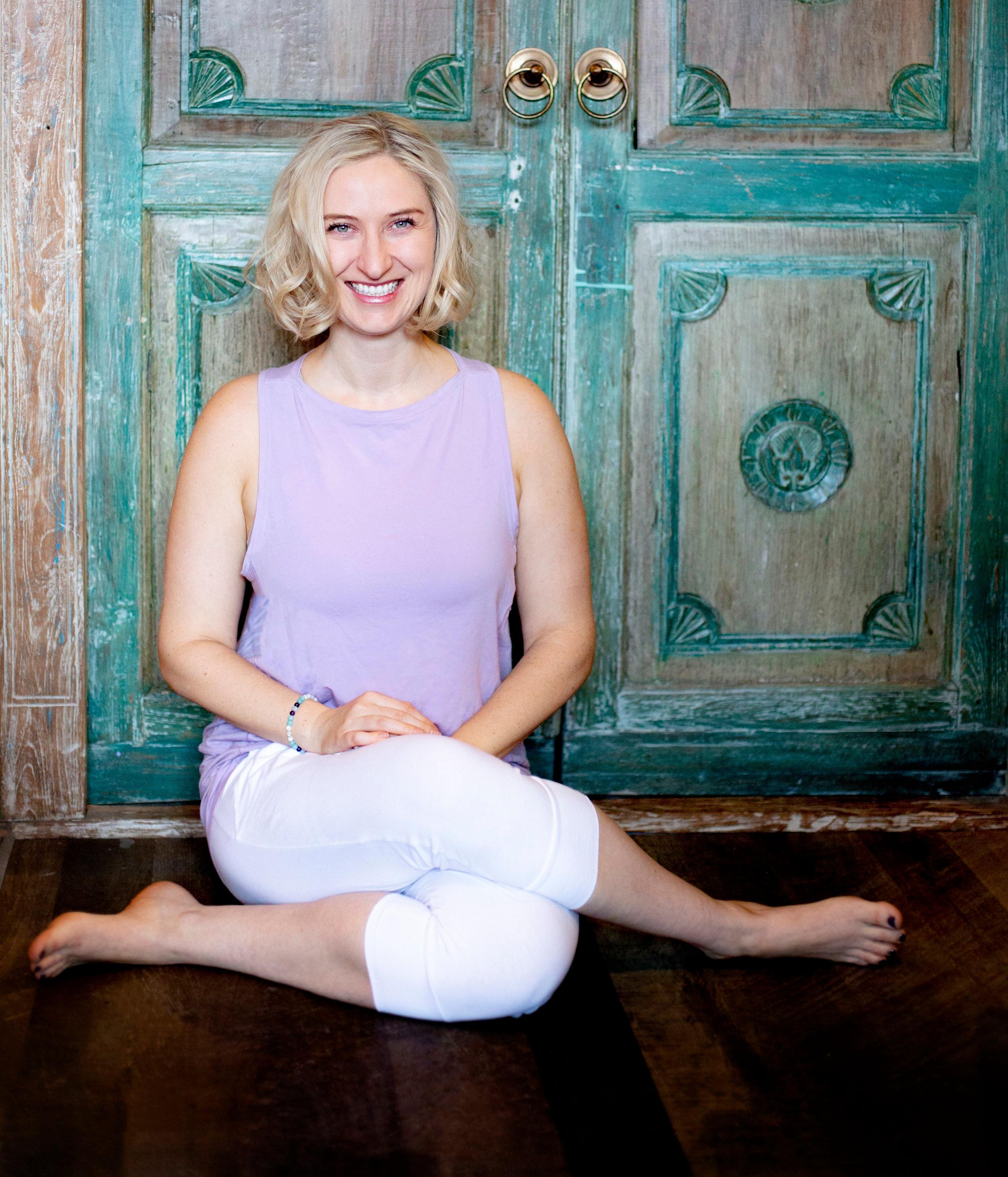 Cat Doyle YTT yin yoga ottawa