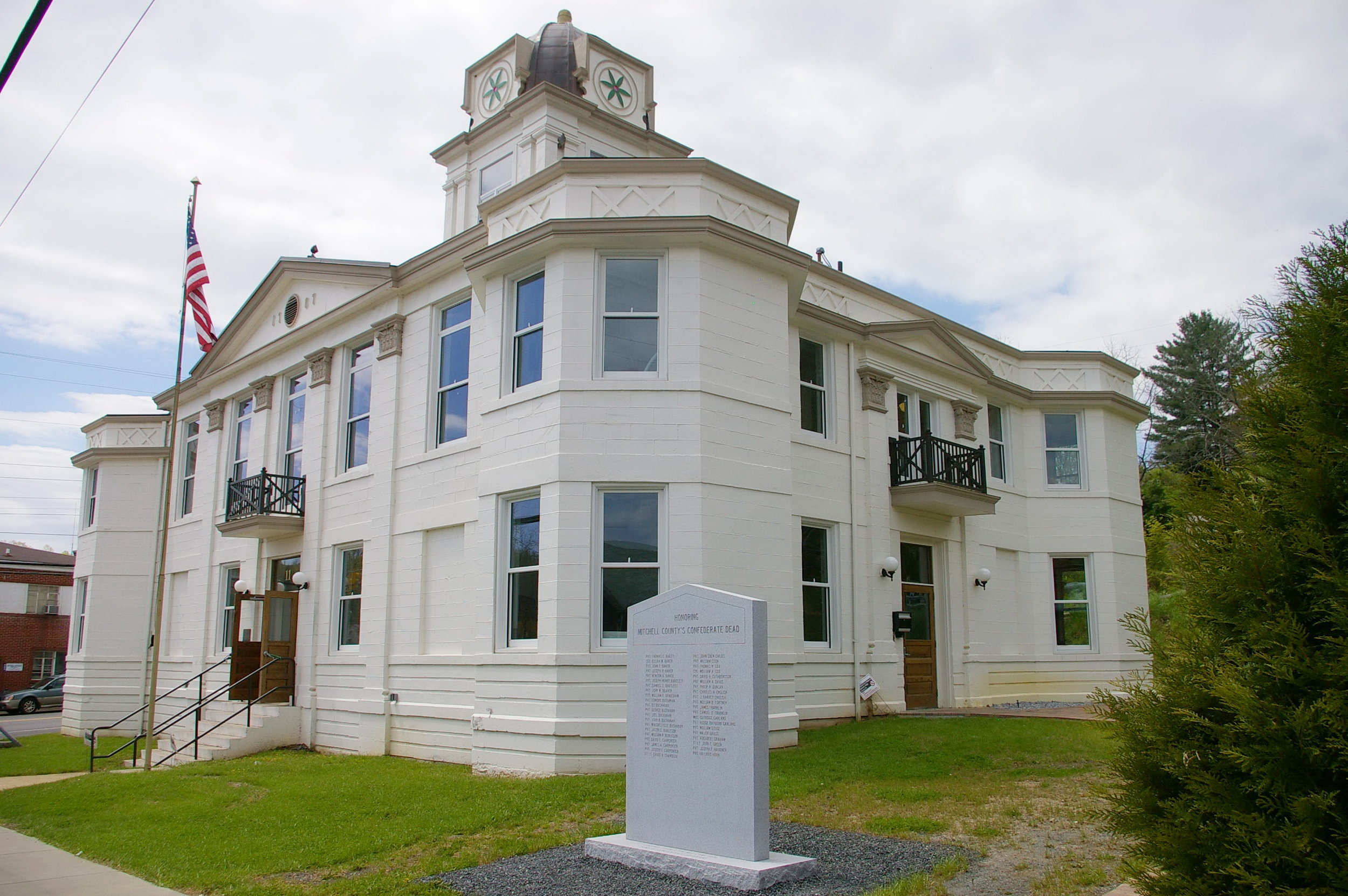 Mitchell County Courthouse.jpg