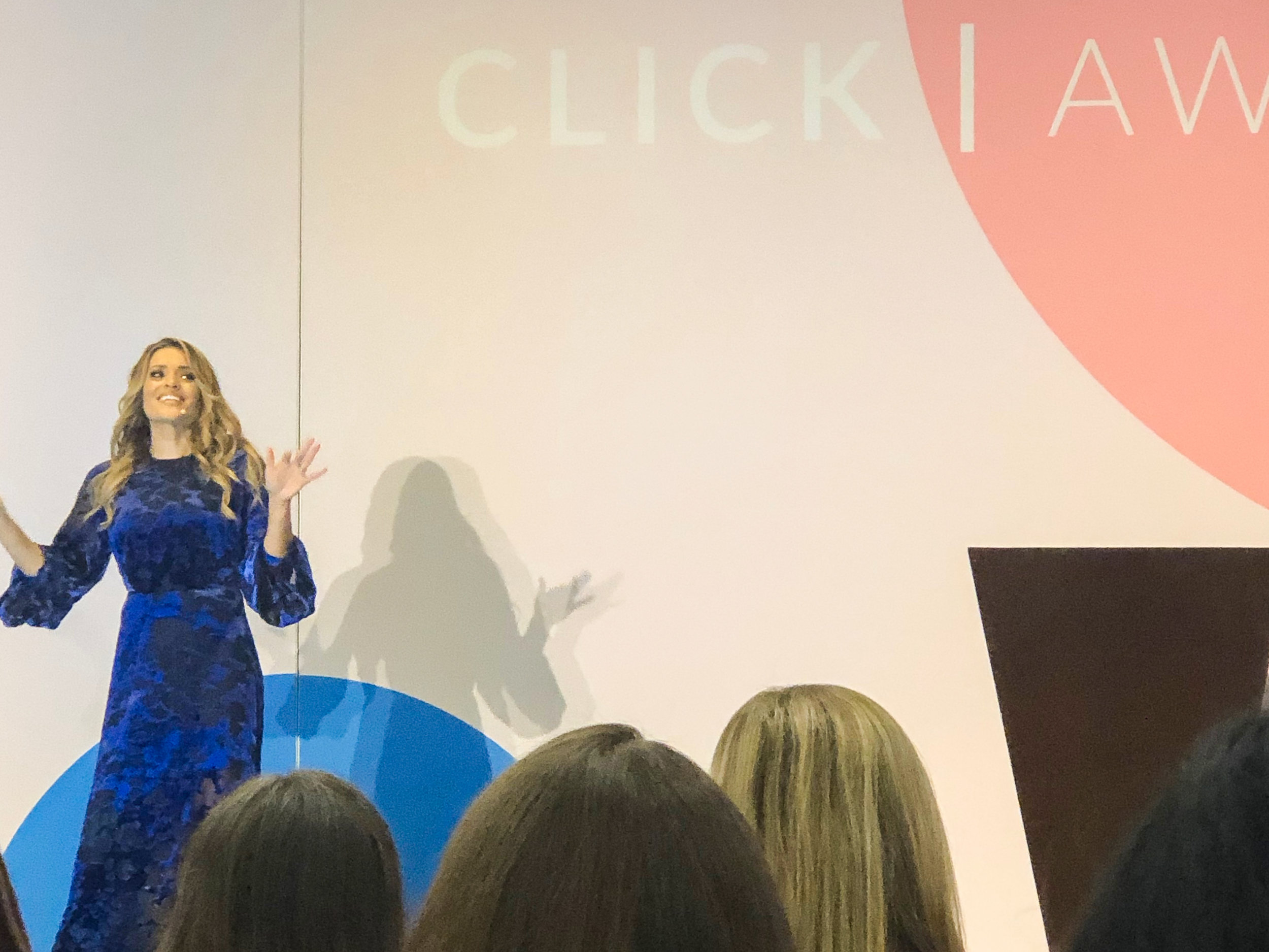 Listening to Jasmine Star talk about social media is like listening to your best friend tell you which dress you should wear. You know she's going to keep it real and steer you in the right direction.