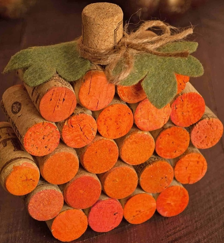 pumpkin-cork-class-at-mallinson-vineyard-and-hall-sugar-creek-mo-independence-mo.jpg