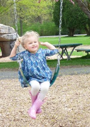 swing girl to crop2.JPG