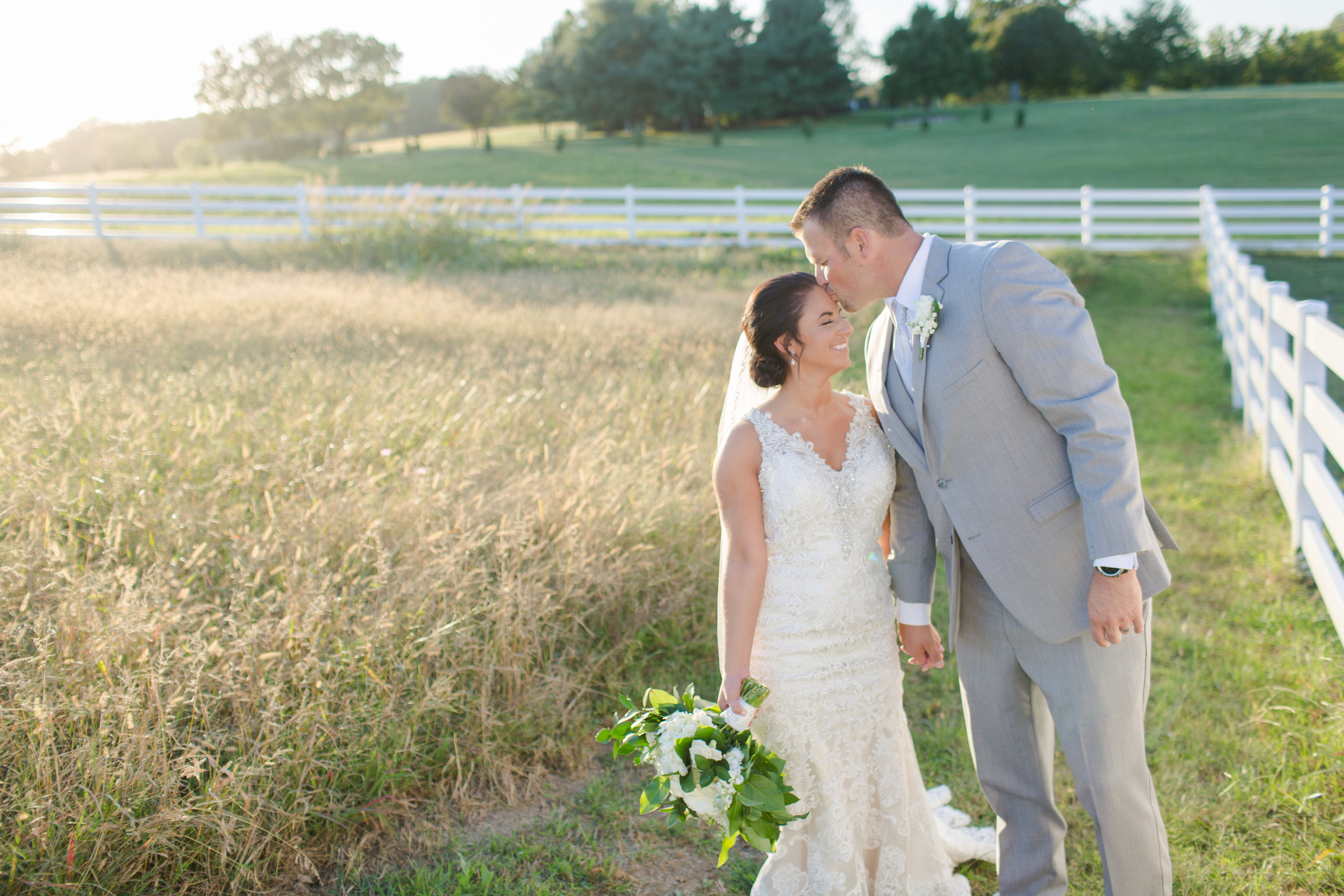 KYLIE + PAUL - Kansas City wedding at Eighteen Ninety, September 2017 // Photography: Pond Photography