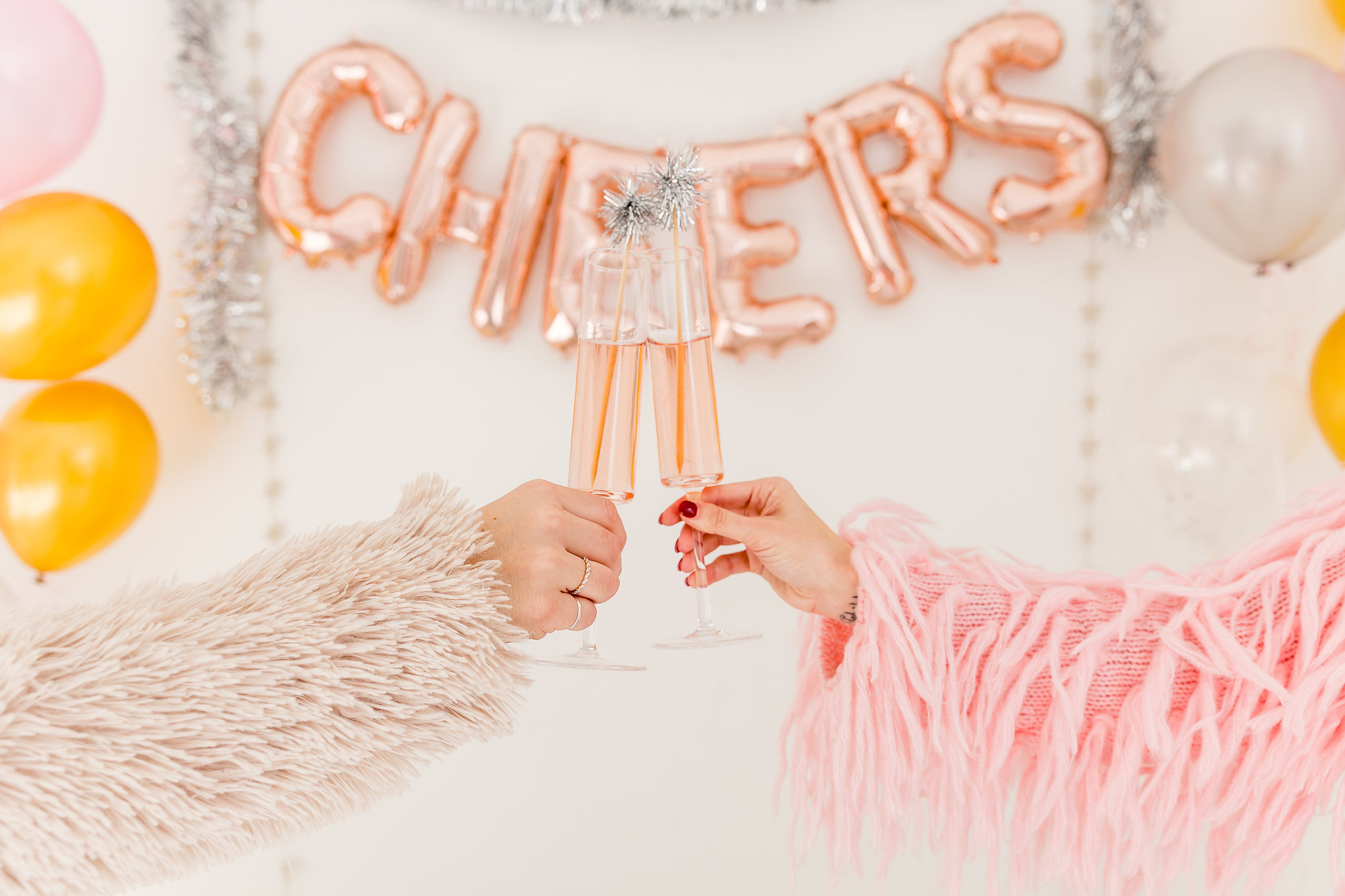 NEW YEAR'S EVE 2017 SHOOT - Dallas styled shoot at The Lumen Room, December 2017 // Photography: Madison Katlin