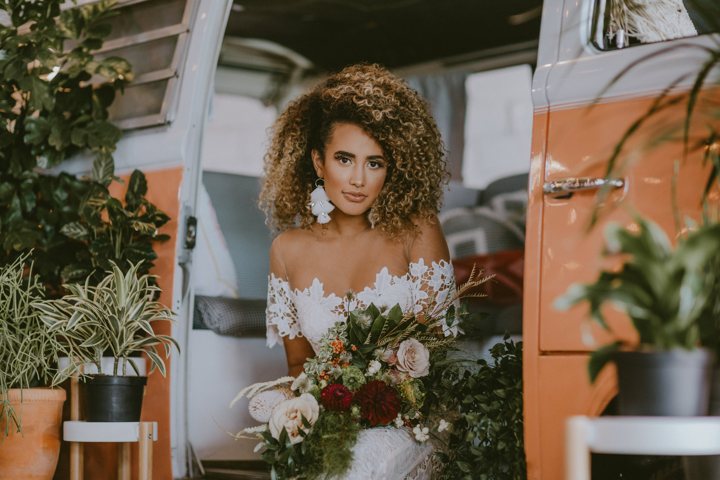 INDIE ROSE WORKSHOP - COMING SOON! Photography Workshop at The 4 Eleven in Fort Worth, TX, September 2018 // Styled by Heather Lane Events // Photography: Onyx + Ivory Photo and Film // Model: Aleja Briles