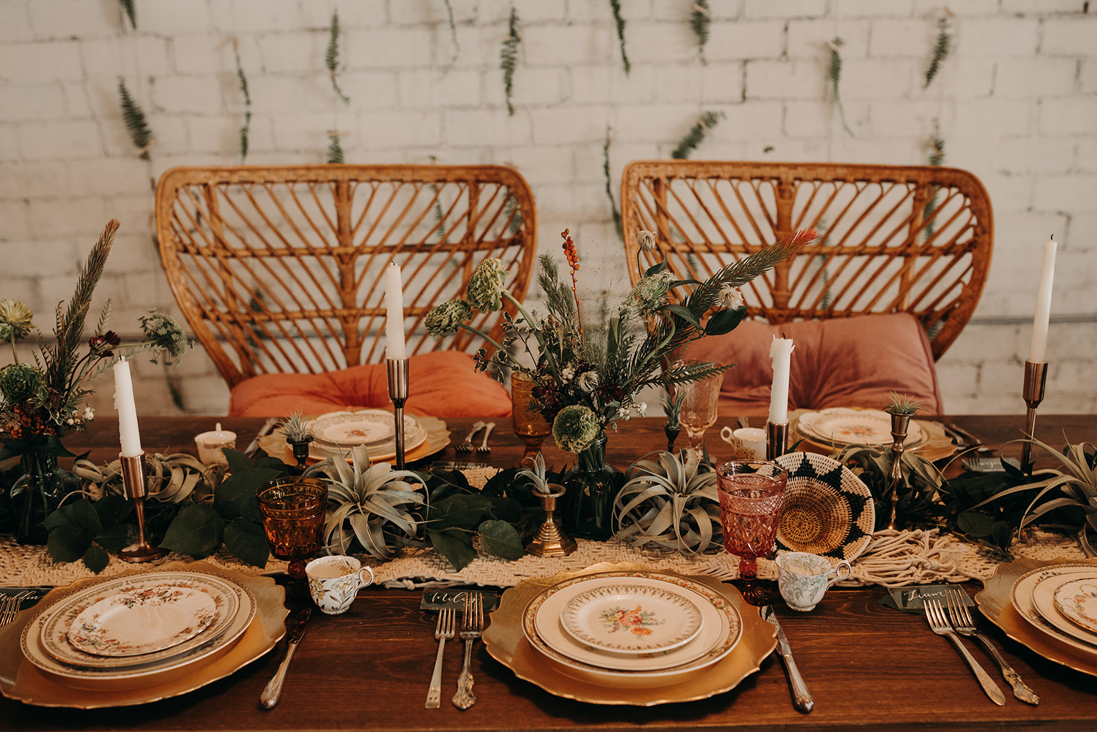 INDIE ROSE WORKSHOP - COMING SOON! Photography Workshop at The 4 Eleven in Fort Worth, TX, September 2018 // Styled by Heather Lane Events // Photography: Meme Urbane Photography