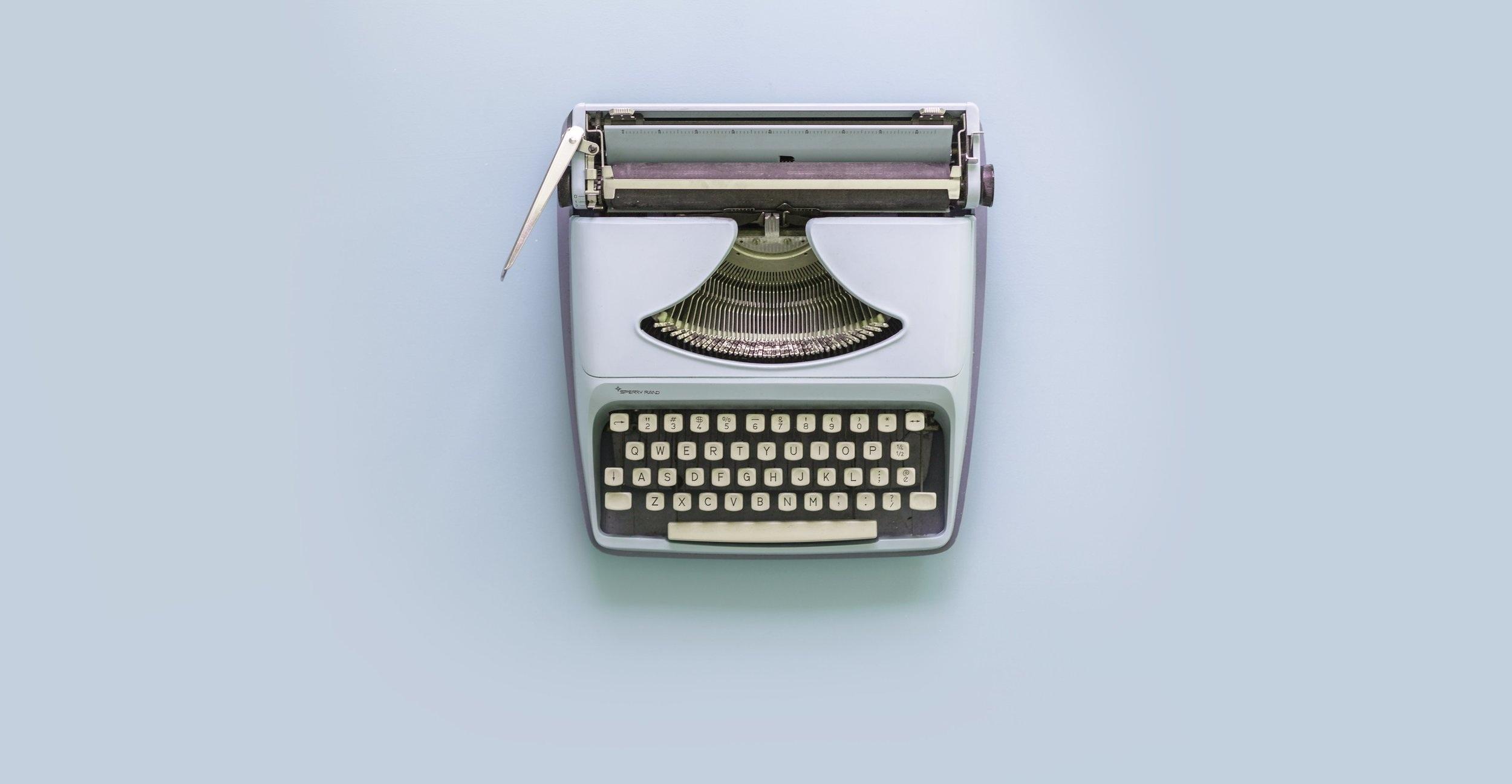 light-blue-typewriter_4460x4460.jpg