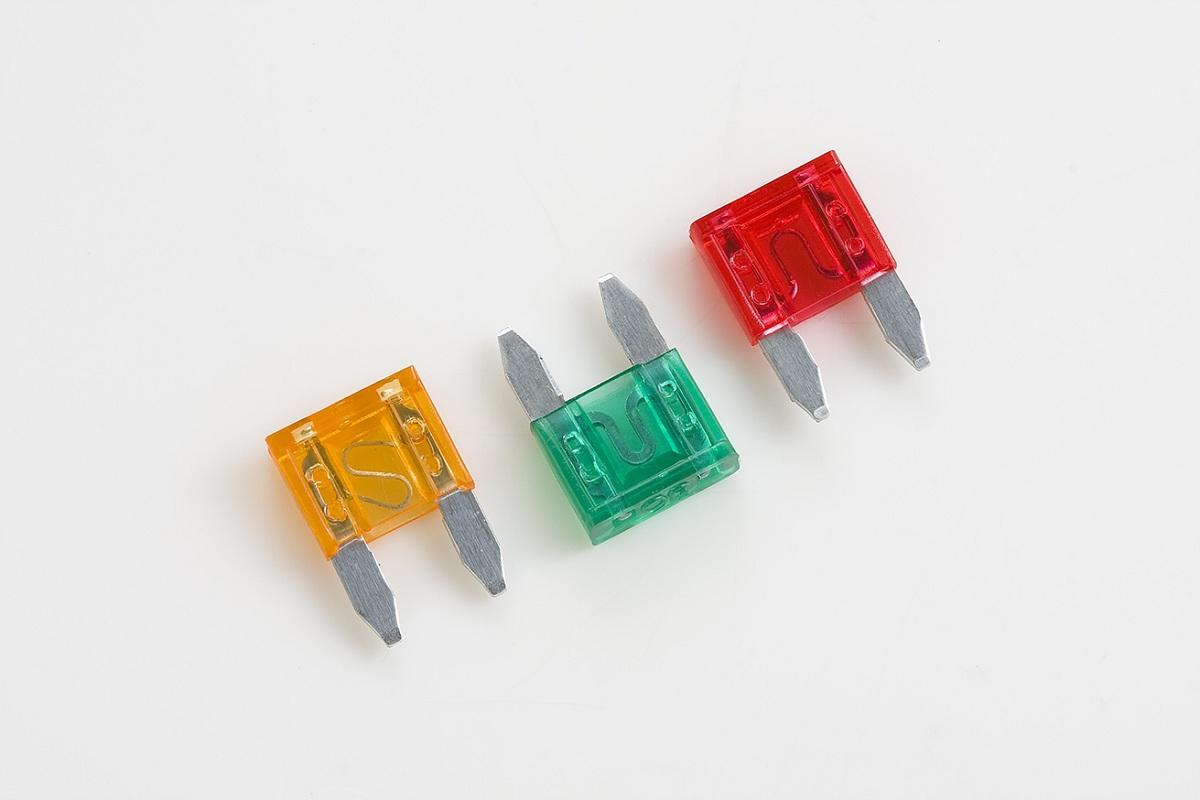 car fuses blade type