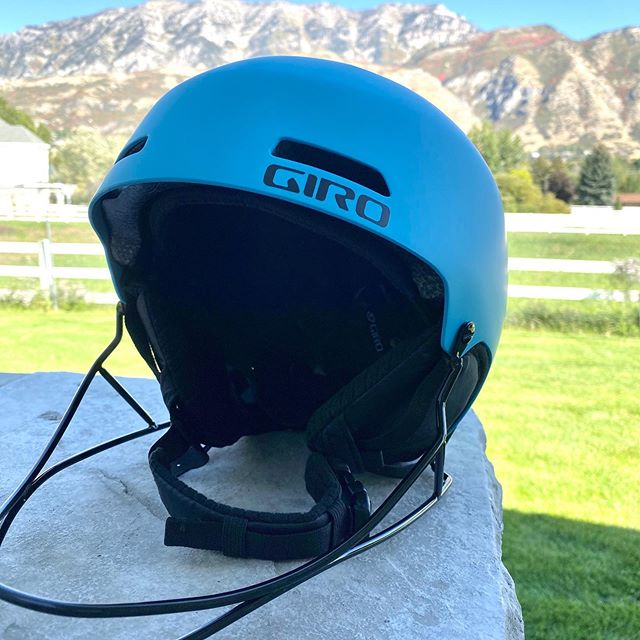 If you were lucky enough to get tickets  to our annual @mspfilms movie night before they sold out you could be going home with one of these giro race helmets. A huge thank you to one of our biggest supporters @nymans.ski.shop for donating these! In case you haven't heard they are open for the season! Go get your new skis, season rentals or your Sundance season pass today!! #sundanceskiteam #higherlevelhumans #mspfilms #returntosenderthemovie #nymansskishop #girohelmets
