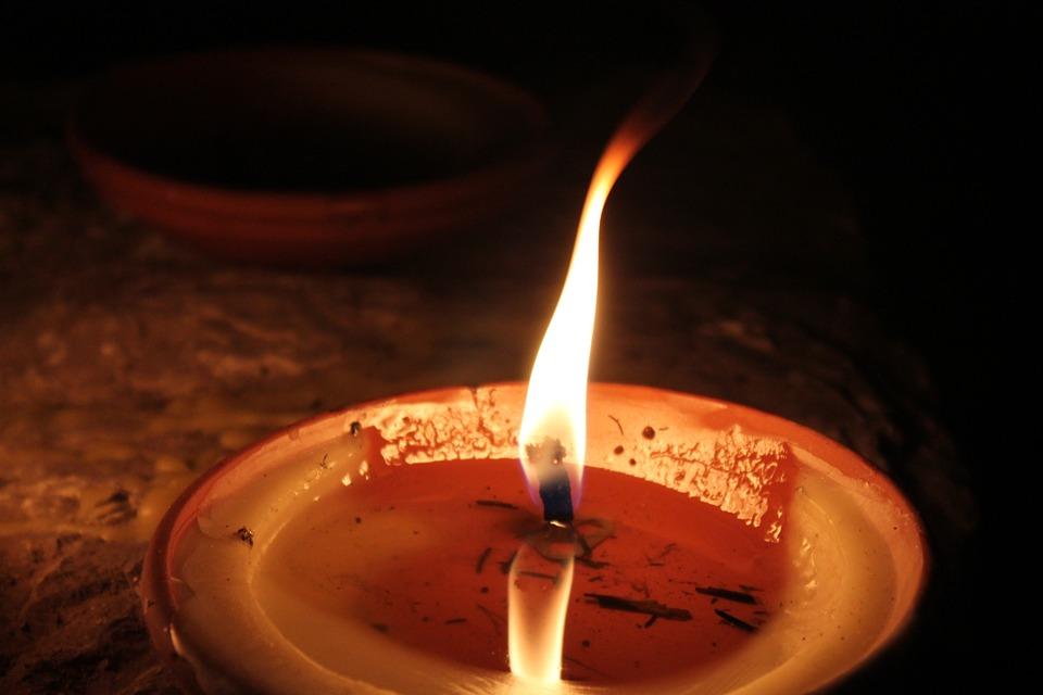candle-97505_960_720.jpg