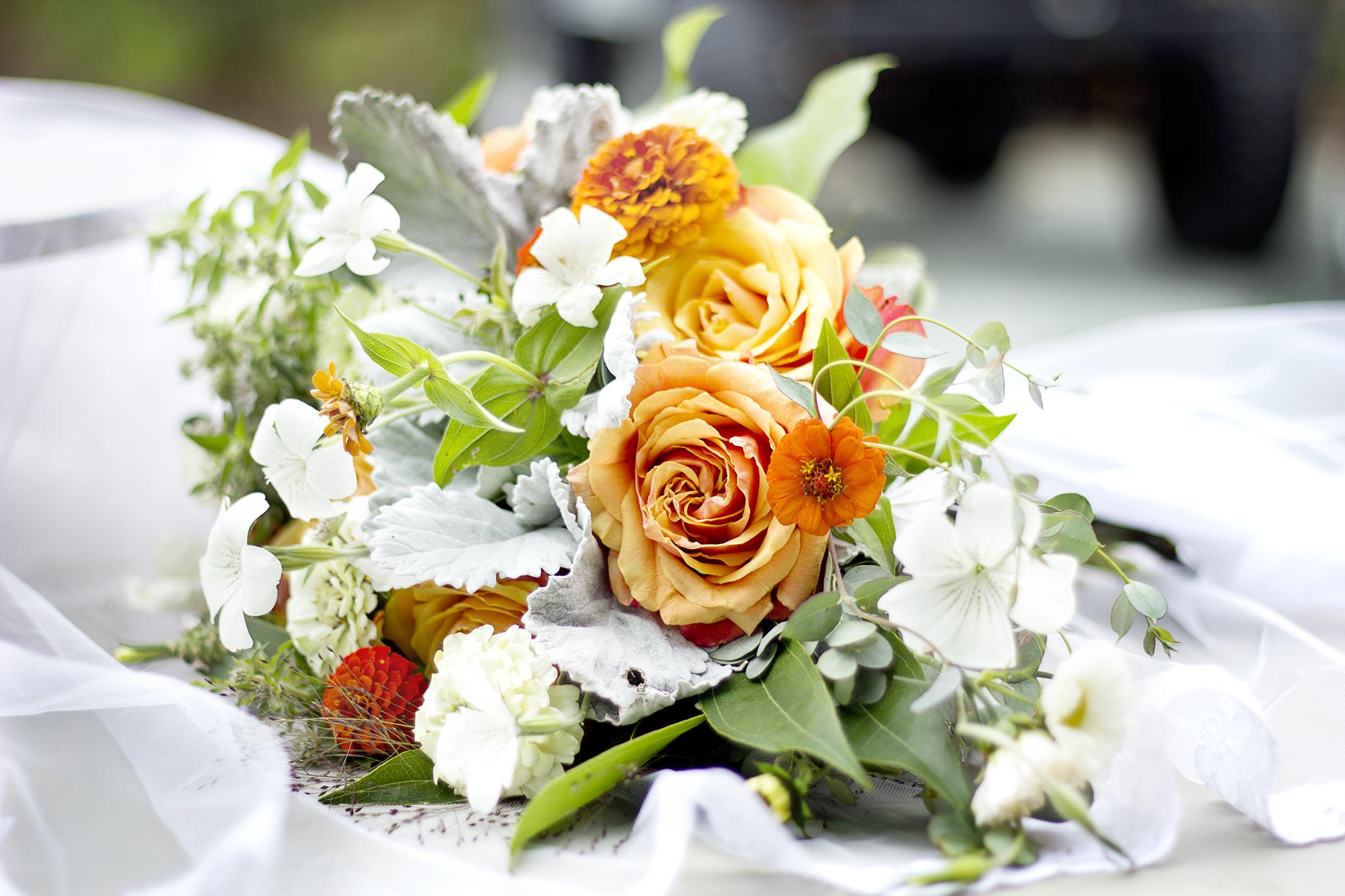 reduced_ss_bridal_bouquet_orange_roses_agrostemma_dusty_miller.jpg