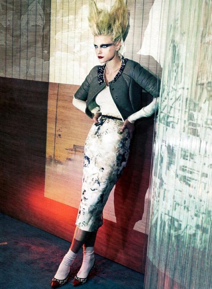 SBStudio_Editorial_Italian_Vogue_NOV_2010_Craig_McDean_6.jpg