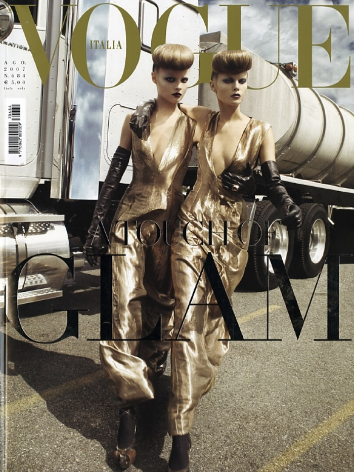 SBStudio_Editorial_Italian_Vogue_AUG_2007_Steven_Meisel_1.jpg