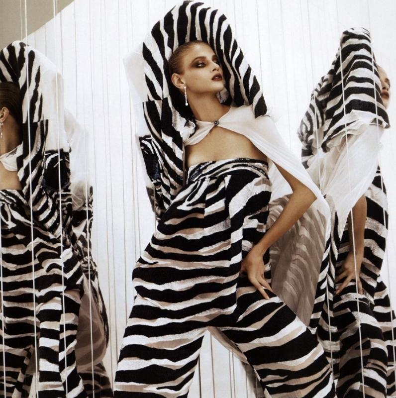 SBStudio_editorial_Japanese_Vogue_MAY_2011_Hedi_Slimane_4.jpg