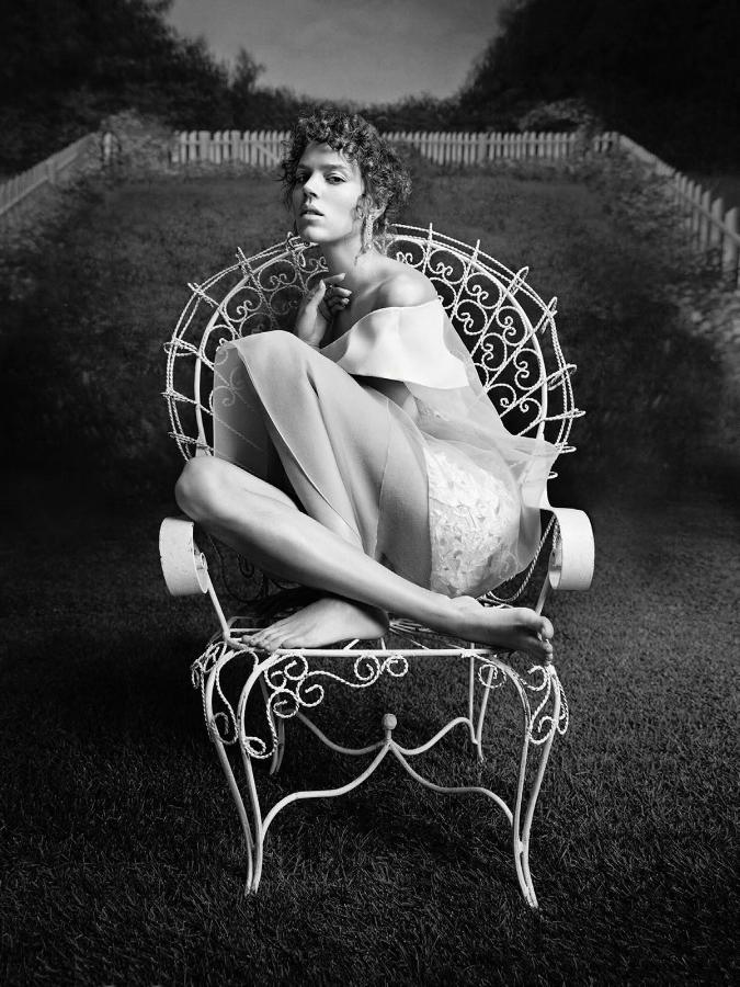 SBStudio_Editorial_French_Vogue_FEB_2014_Inez_Van_Lamsweerde_Vinoodh_Matadin_1.jpg