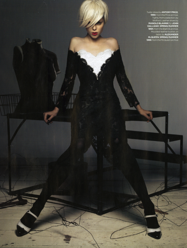SBStudio_Editorial_British_Vogue_DEC_2006_Craig_Mcdean_2.jpg
