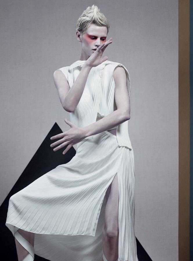 SBStudio_Editorial_Italian_Vogue_FEB_2014_Craig_McDean_1.jpg