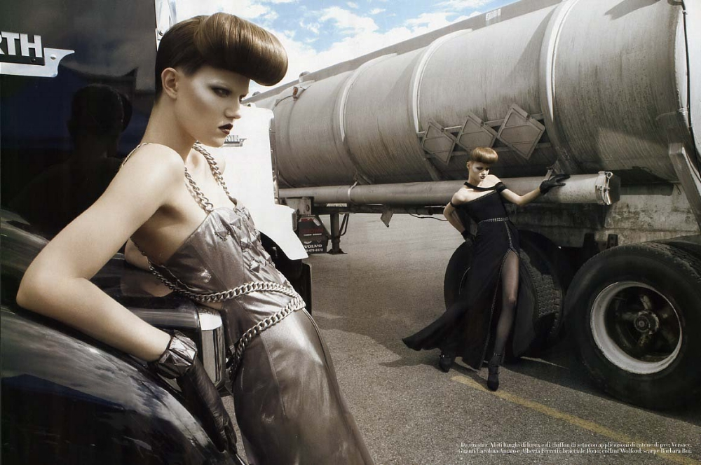 SBStudio_Editorial_Italian_Vogue_AUG_2007_Steven_Meisel_2.jpg