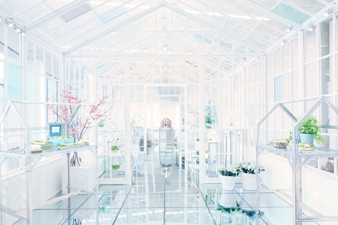 SBStudio_Installation_Tiffany_co_paper_flowers_2.jpg