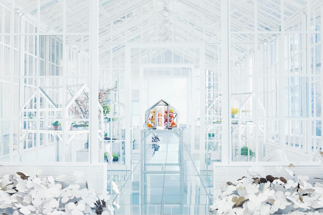 SBStudio_Installation_Tiffany_co_paper_flowers_3.jpg