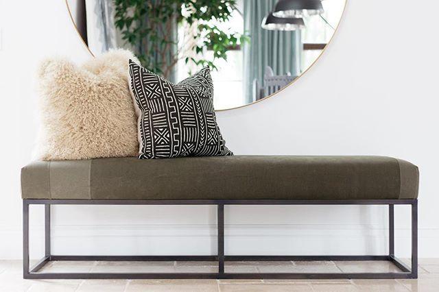 Reclaimed bench + cute pillows getting me through this busy Monday! #gigikramerinteriors Photo: @rad__man