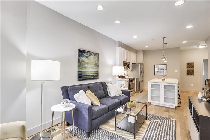 Main Level-Living Room-KRS5974.JPG