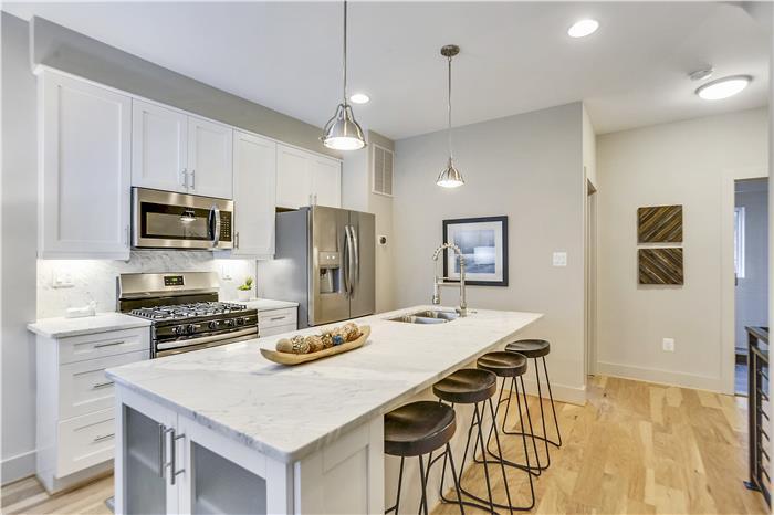 Main Level-Kitchen-KRS6004.JPG