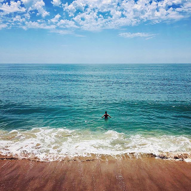 Summer. . . . . #summer #beach #filmmaker #travel #break #cooldown #malibu #krishnasanchez #instafamous #ig_world_colors #justcreate #amazing_shots