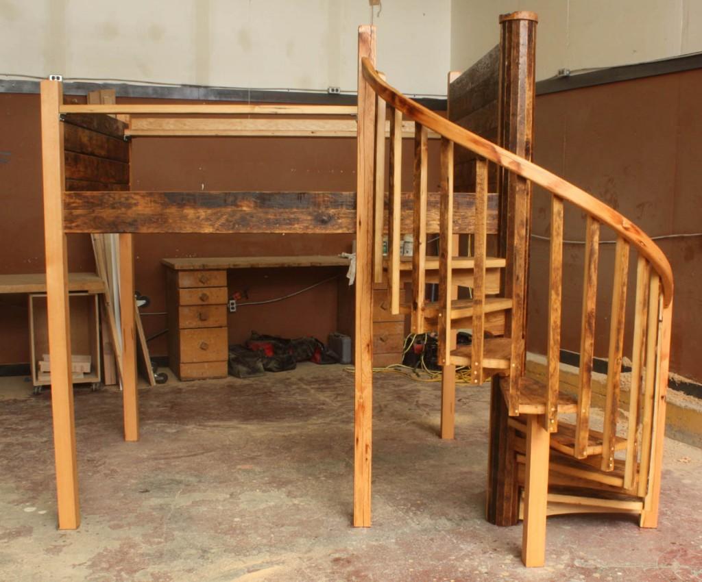 12_09_22 Loft bed 06.jpg