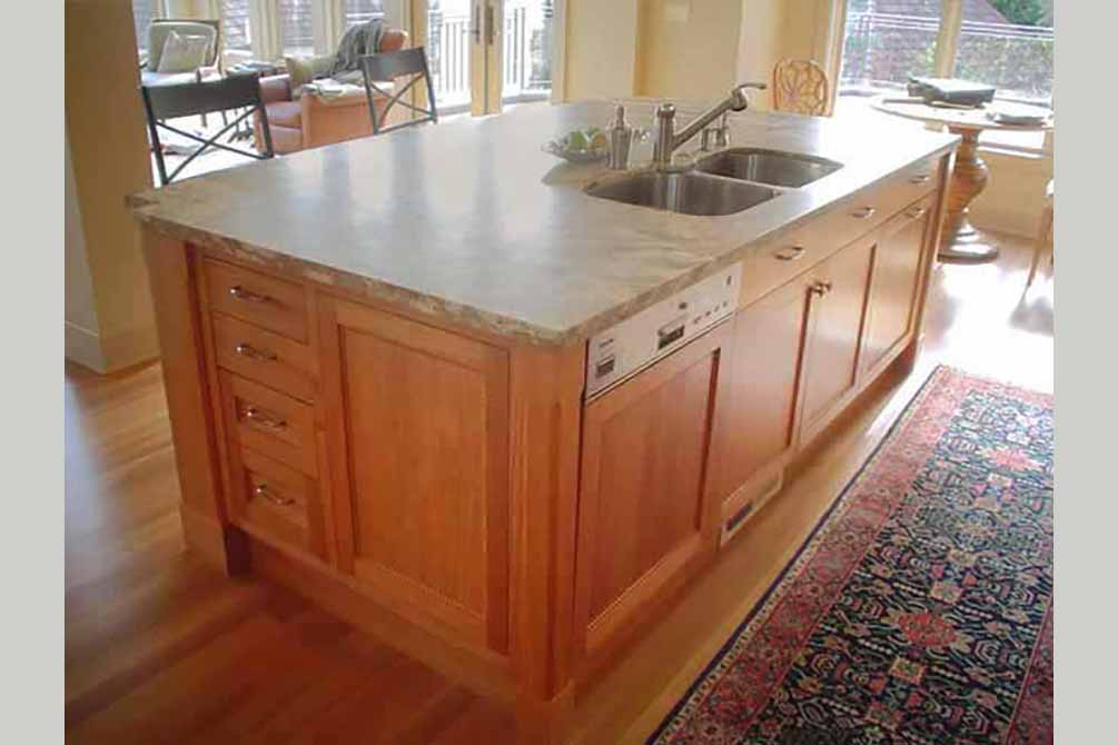 2009-9/15 Kitchen island