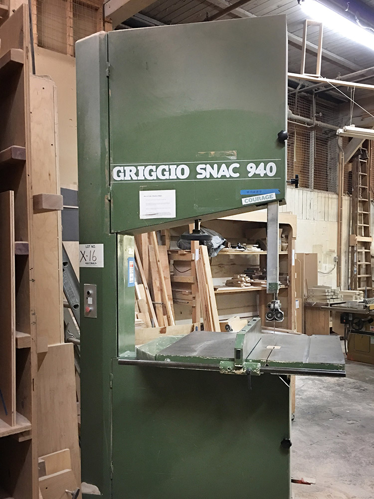 "Griggio Band Saw, 24"" cut height"