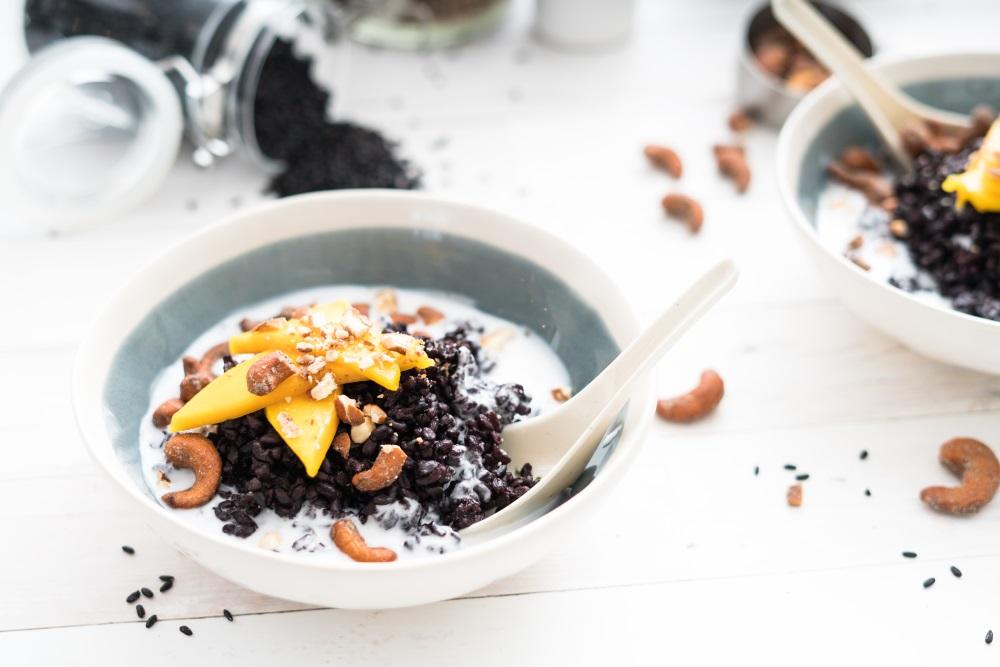 Thai Black Rice with Mango and Cashews