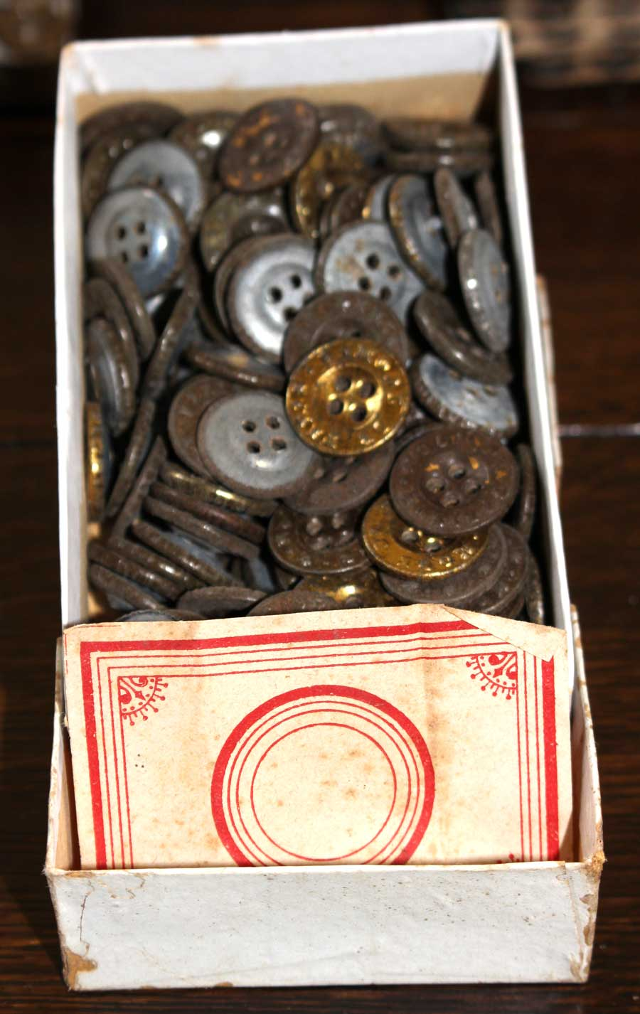 2-piece Tin Fly Buttons