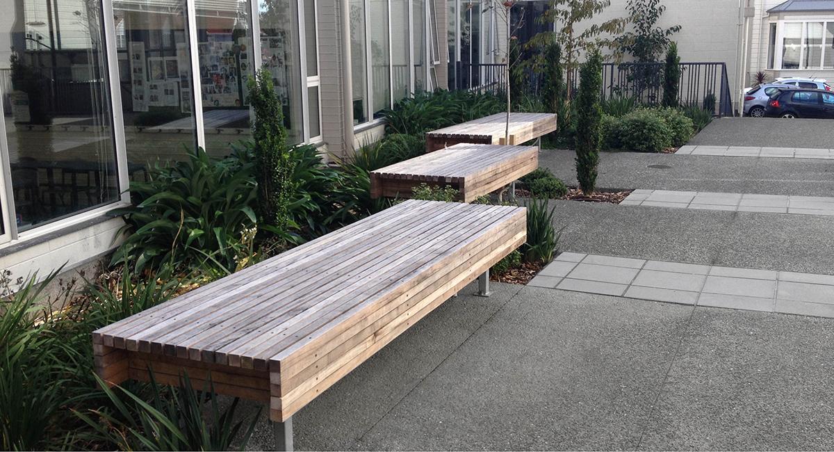 QMC_School_Landscape_Architecture_Seating.jpg