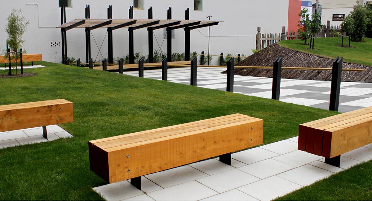 local_Landscape_Architecture_Marae_Pipitea_Seating.jpg