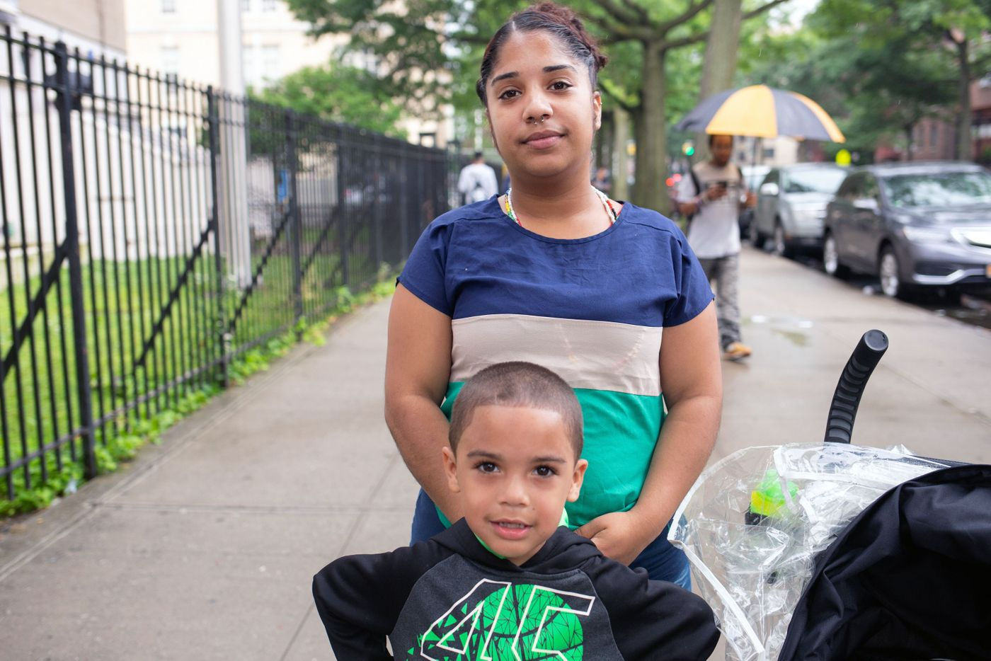 Iris Dionicio with her 5-year-old son, Riley, in The Bronx.  Photo: Ben Fractenberg/THE CITY