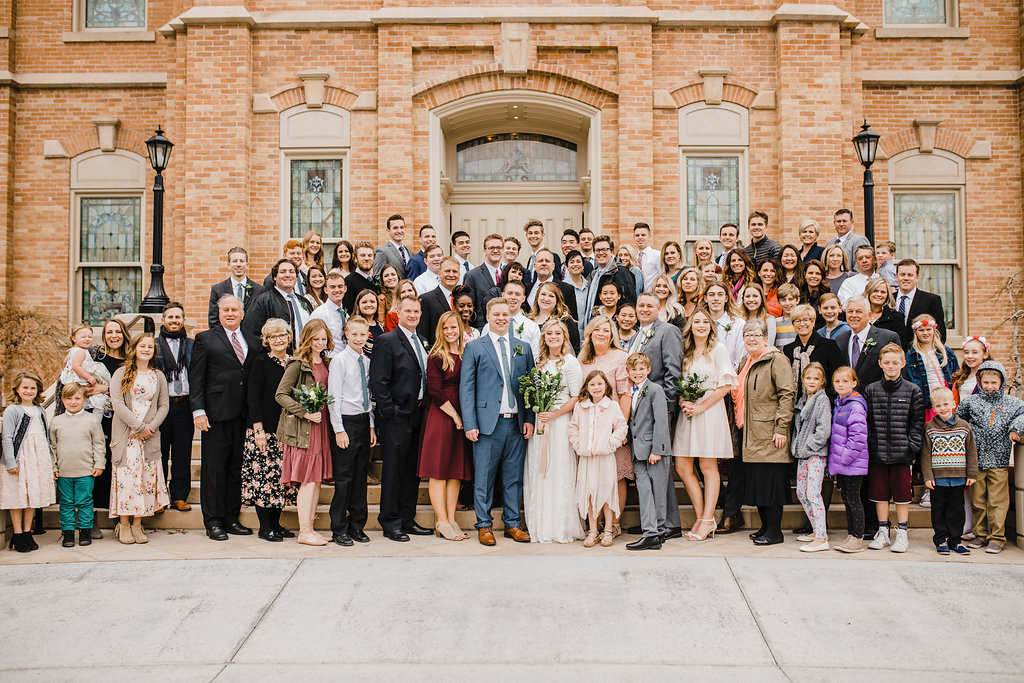 huge lds family temple photos wedding photographer