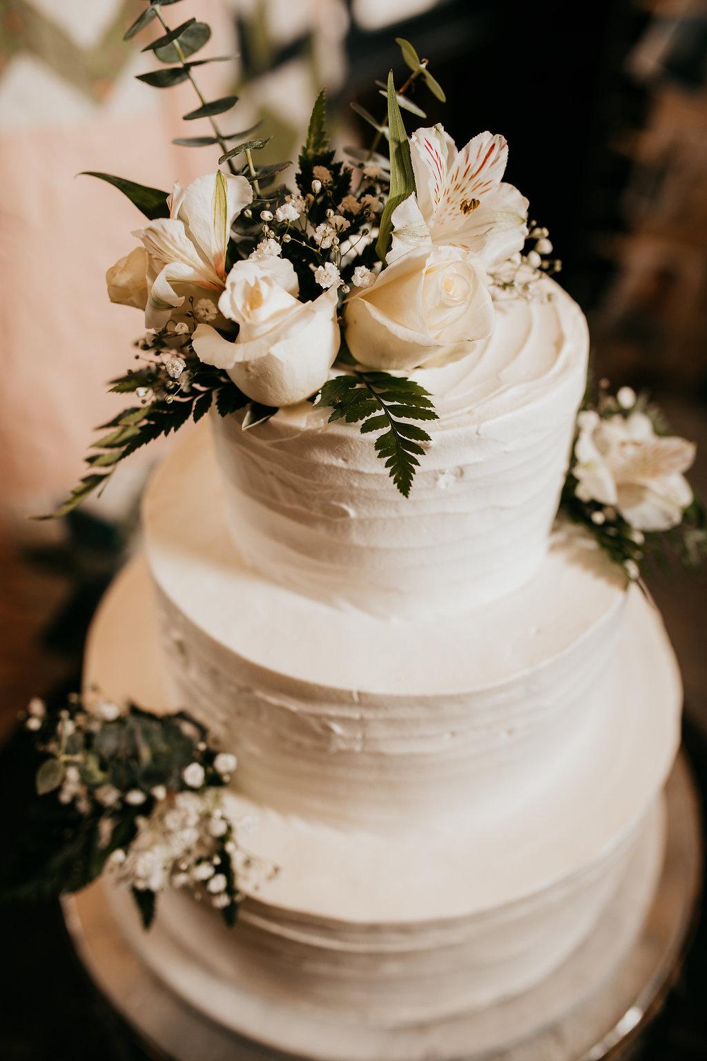 beautiful wedding cake lds photography timeline provo utah