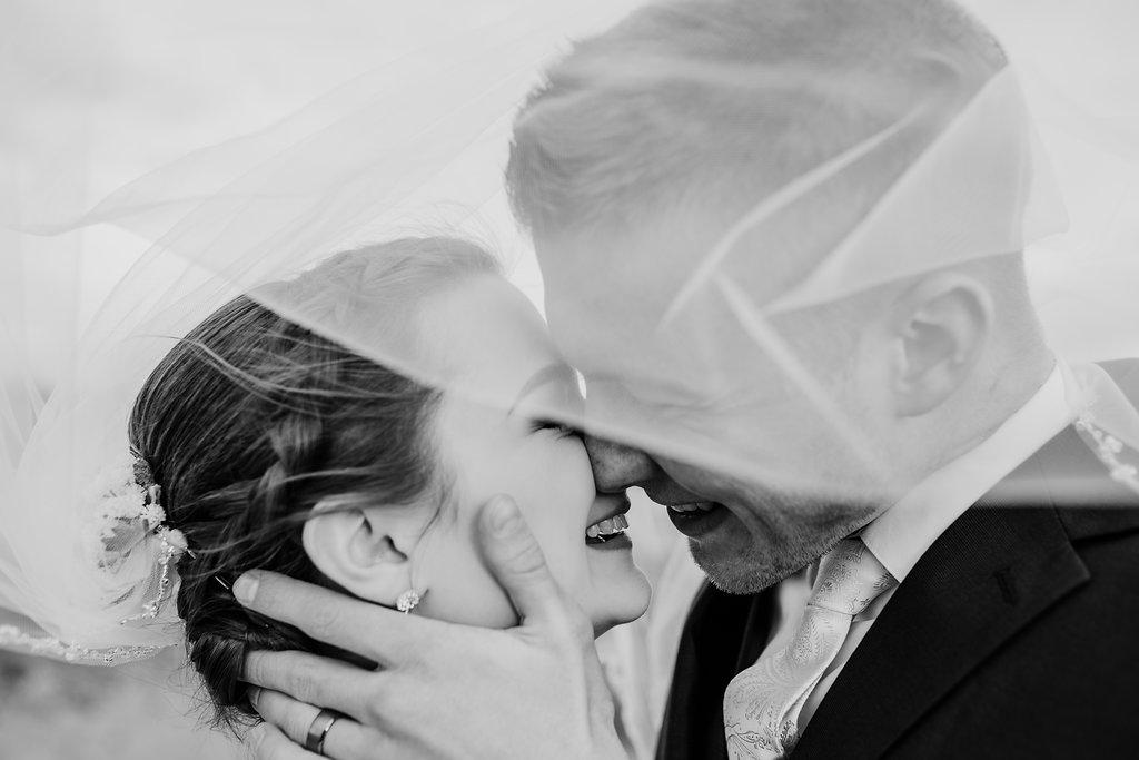bridal veil shot wedding photography rexburg sand dunes calli richards