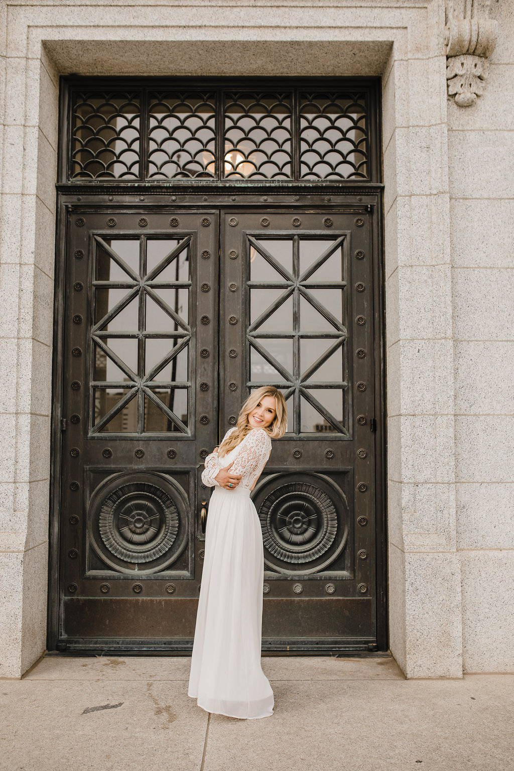 wedding dress stunning bridal photos utah state capitol building wedding photographer