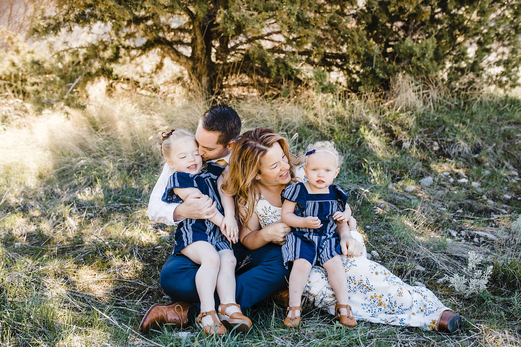 natural family photos with children cute adorable green canyon cache valley utah photographer