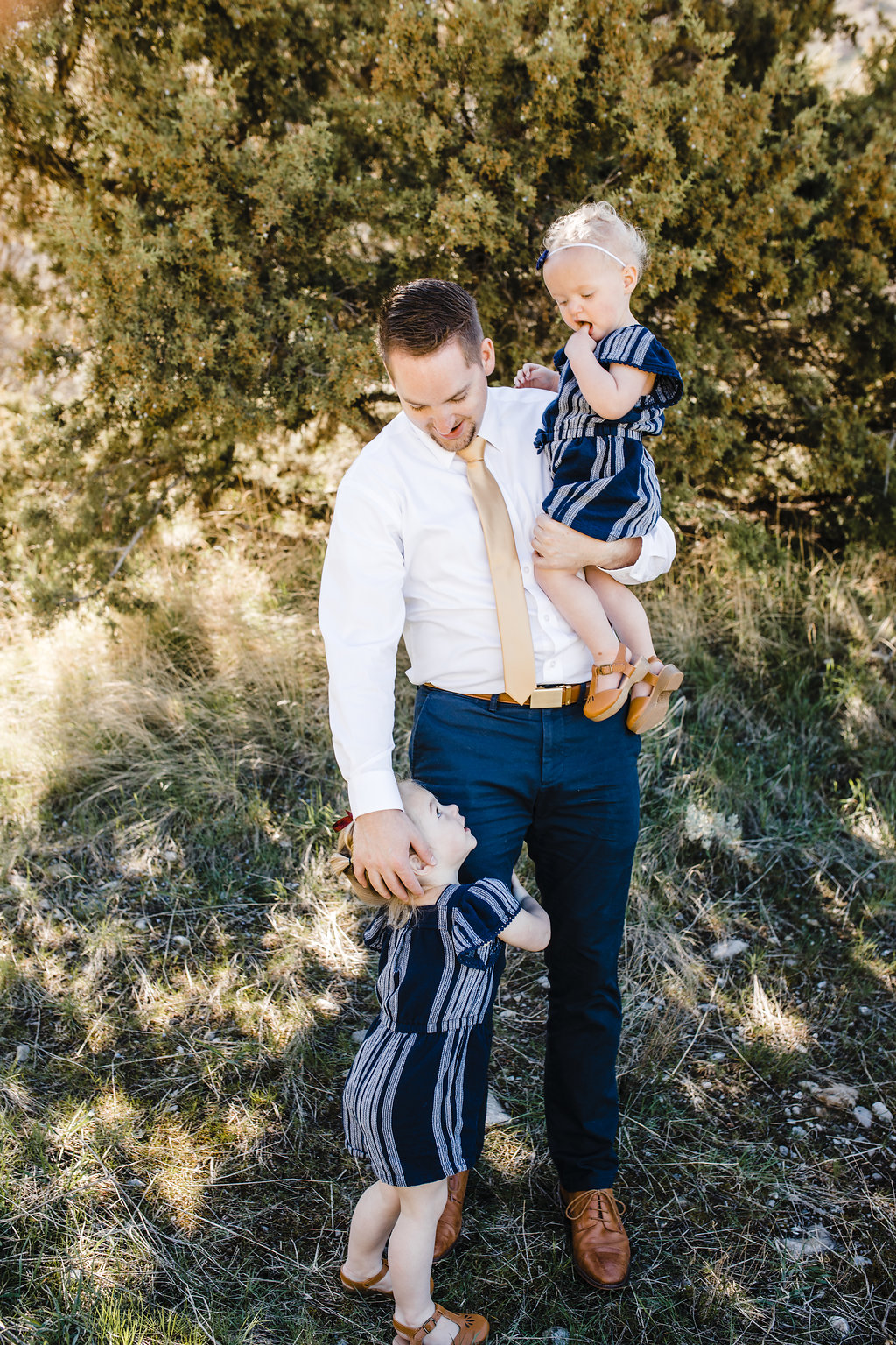 logan utah photographer good with kids family photography green canyon