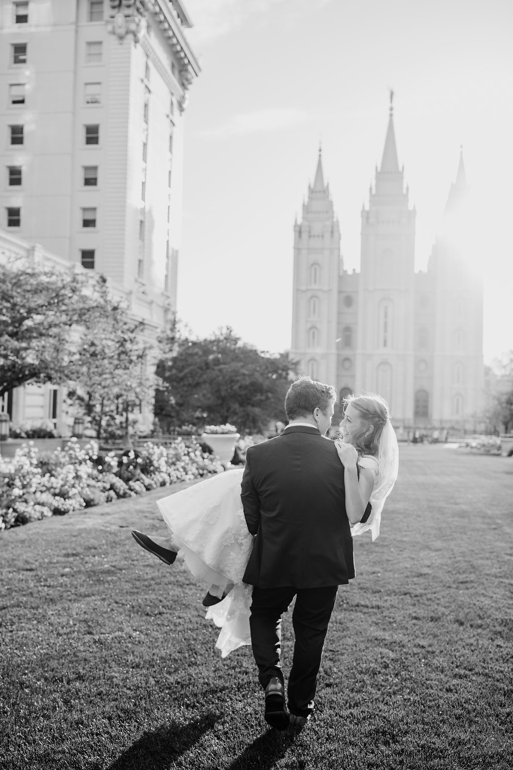 black and white wedding photo at the salt lake city lds temple groups formals photography session with calli richards