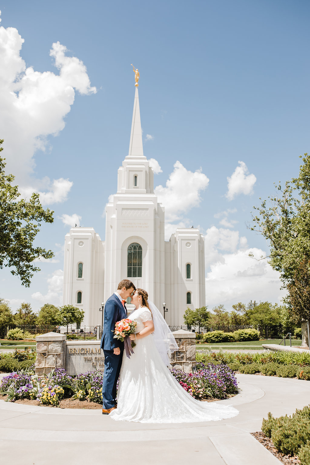 best professional wedding day photographer in brigham city utah calli richards at the temple