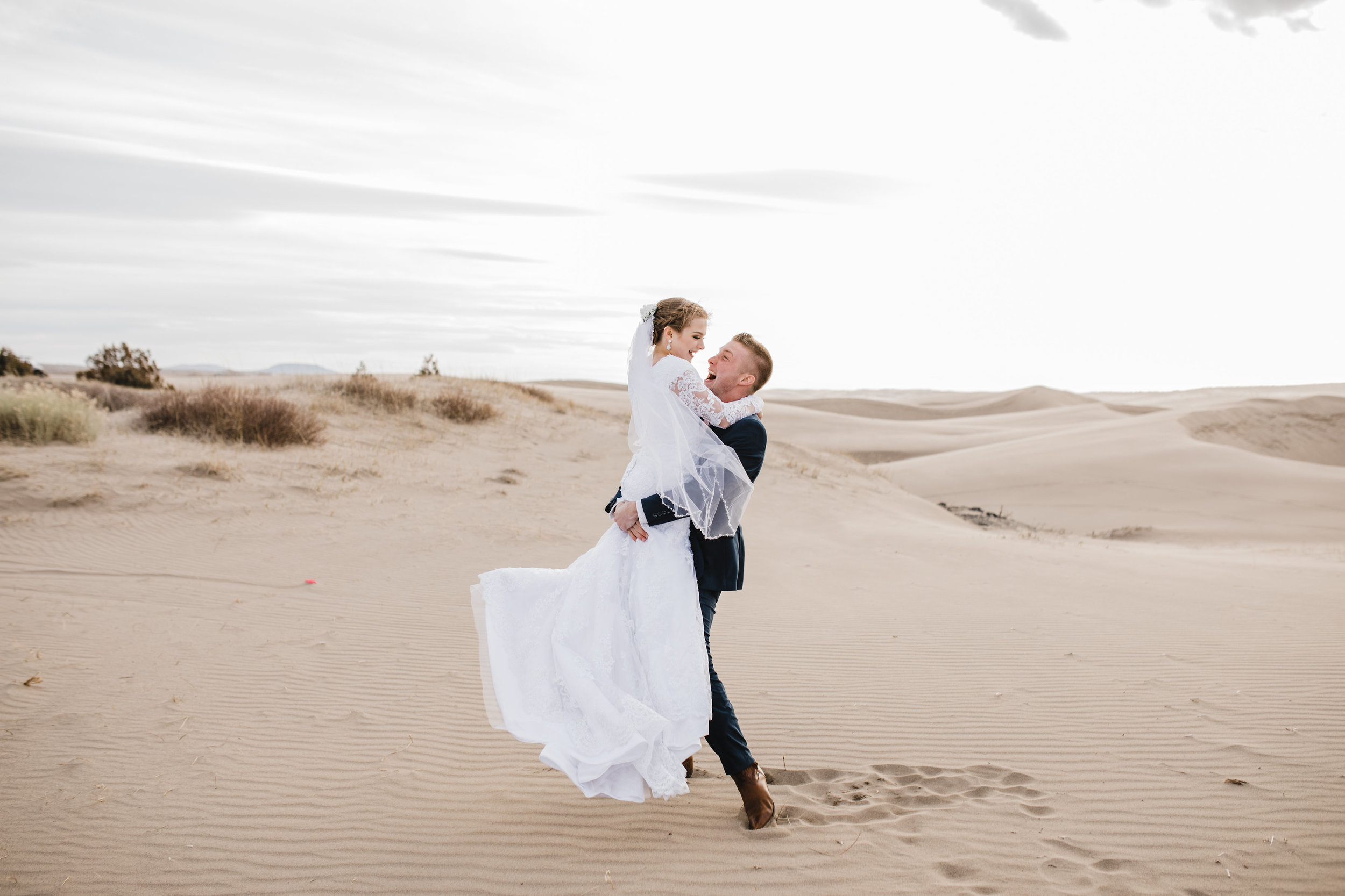 adventurous formals session professional wedding day photography boulder colorado calli richards wedding photographer available for travel all through colorado and the surrounding areas sand dudes wedding photos