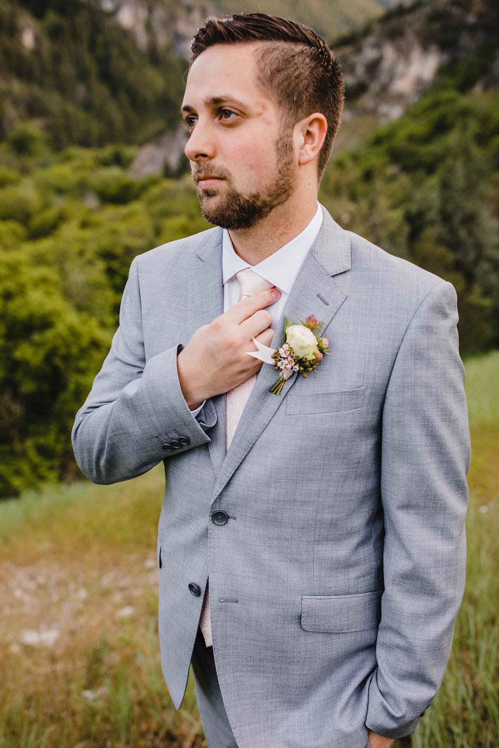 groom details formal wedding photography